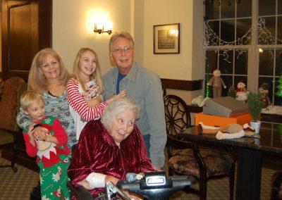 Chester-Street-Residence--family-visit-christmas-01